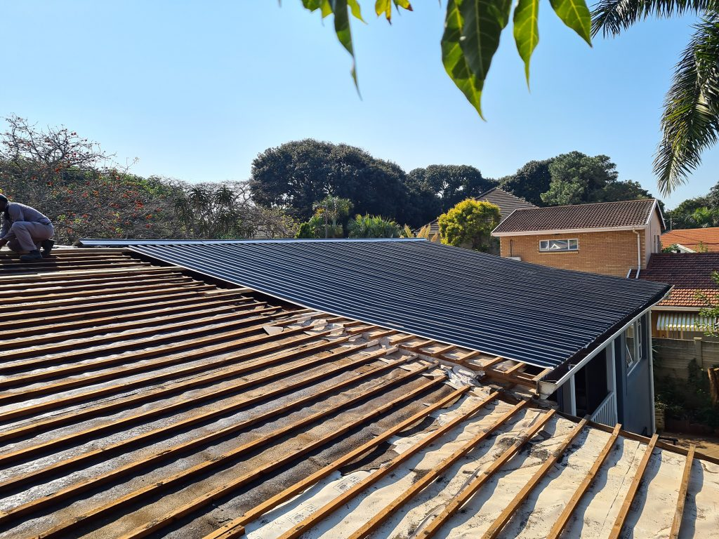 corrugated iron roof replacement and repairs